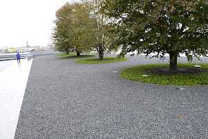 The CORE Gravel grid structure is easily shaped to any landscaping requirements.